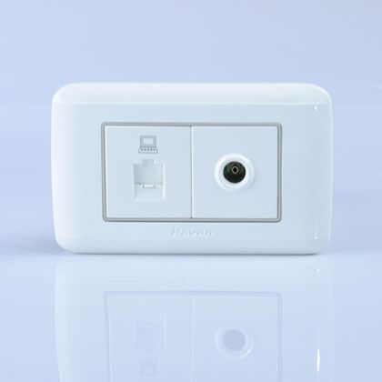 电脑电视插座